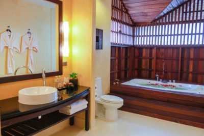 Chaweng beach luxury suites